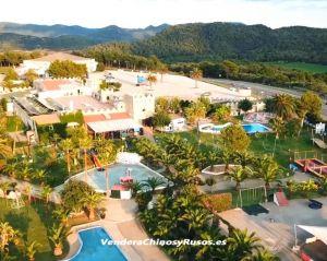 Se vende complejo turístico-comercial en Menorca