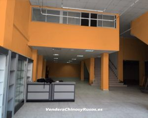 Local de 650 m2 en Alcoy (Alicante) en buena zona