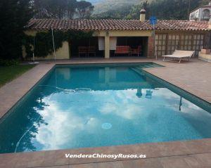 Casa tranquila con terreno y piscina