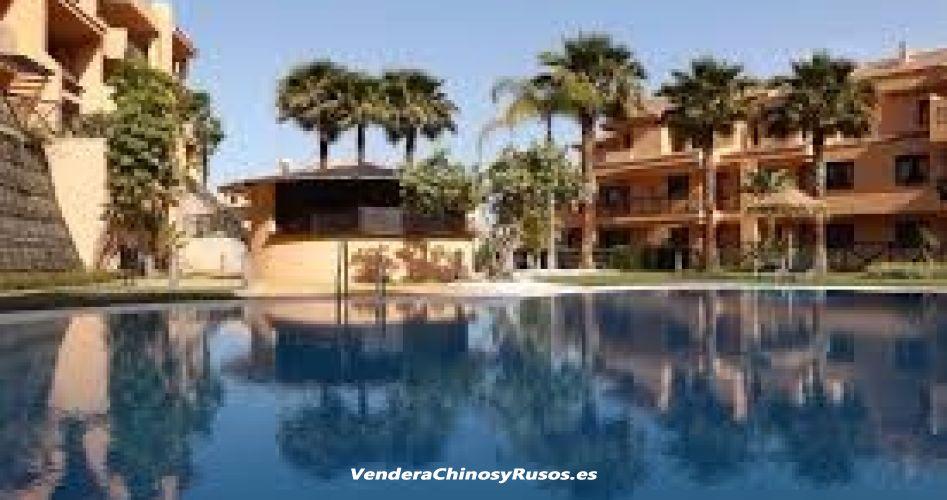 Apto. 127 m2 - lujo - vista a mar y Calanova Golf en Andalicia