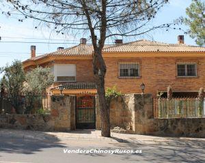 Chalet Villaviciosa de Odon ( Urb. el Bosque )